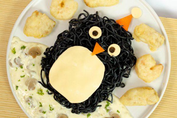 Homemade Penguin Spaghetti with Cream Sauce (2)