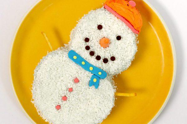 Mr Snowman Cake (1)